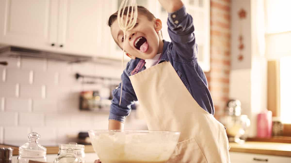 5 Safety Rules For Kids In The Kitchen Baketivity
